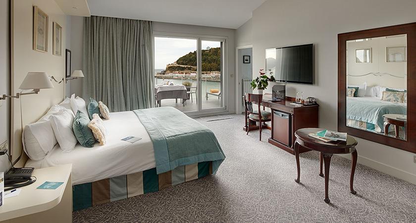 room, hotel londres, design, stretegy design, interior design, space design, future luxury